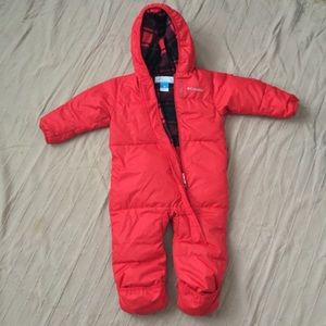 BARELY WORN Columbia Down Filled Snowsuit 18-24 m